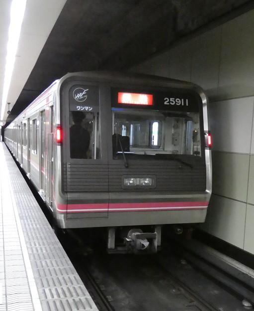 大阪メトロ:25系(25611F)-01