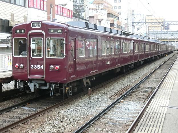 阪急:3300系(3324F)-02
