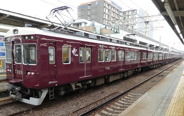 阪急:7300系(7326F)-01