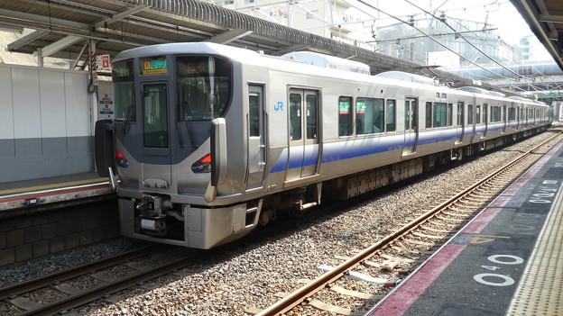 JR西日本:225系(HF409)-01