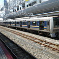 Photos: 京都駅で運用前の点検中の207系。