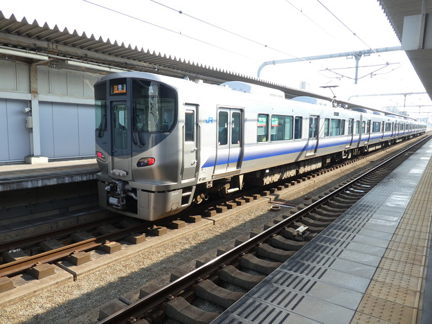 JR西日本:225系(HF610)-02