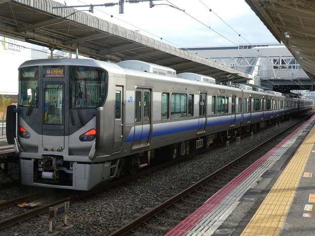 JR西日本:225系(HF415・HF423)-01