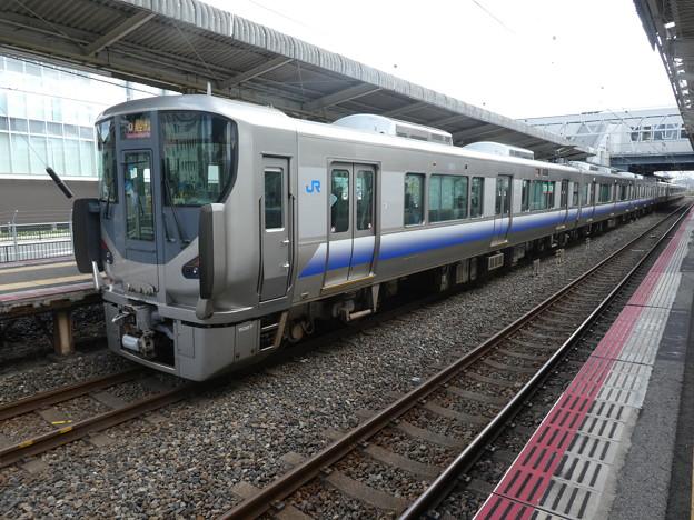JR西日本:225系(HF427)・223系(HE435)-01