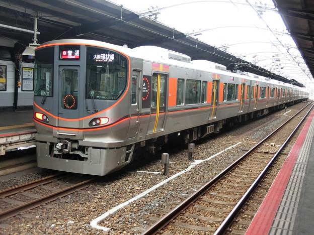 JR西日本:323系(LS11)-02