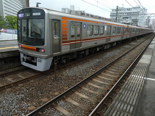 Photos: 大阪メトロ:66系(66604F)-01