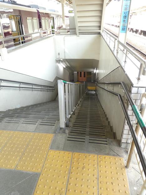 お年寄りに優しい階段