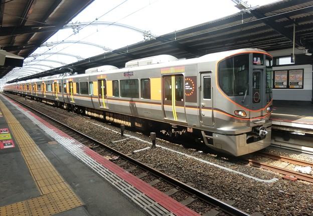JR西日本:323系(LS06)-03