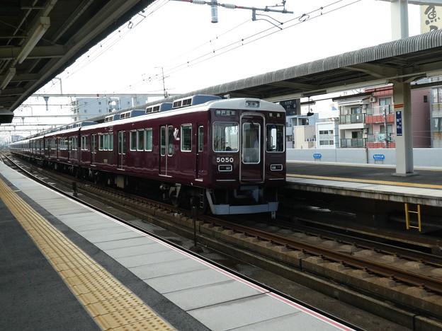阪急:5000系(5000F)-01