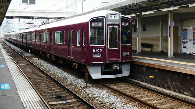 阪急:9000系(9000F)-01