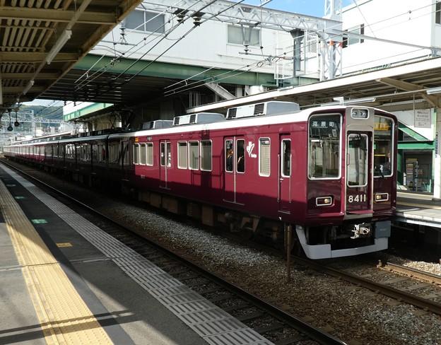 Photos: 阪急:8300系(8311F)・7300系(7325F)-01