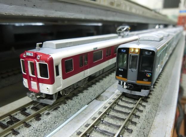 Photos: 模型:近鉄8600系と阪神9000系-01