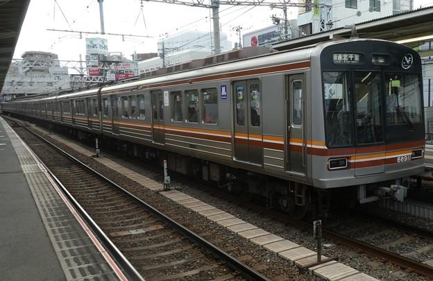 大阪メトロ:66系(66611F)-01