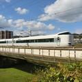 Photos: 大和川を渡る臨時特急『まほろば』。