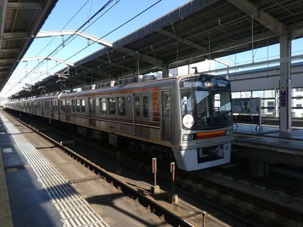 大阪メトロ:66系(66601F)-01