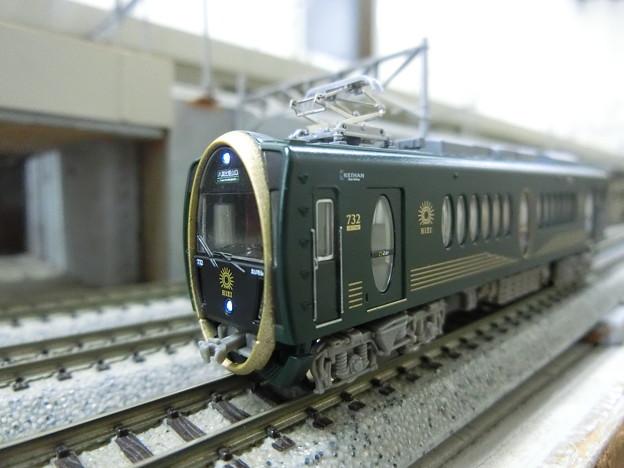 模型:叡電732-01