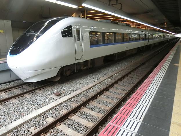 JR西日本:681系(T14)・683系(T44)-01