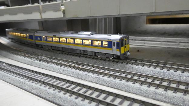 模型:キハ187系-01