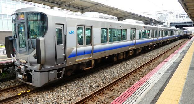 JR西日本:225系(HF405)・223系(HE431)-01