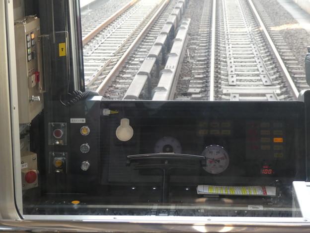 Photos: 大阪メトロ:30000系(31614F)の運転台