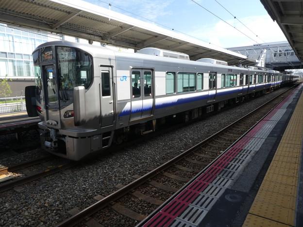 JR西日本:225系(HF441)・223系(HE404)-01