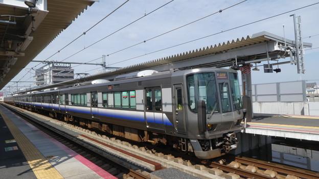 JR西日本:223系(HE422)・225系(HF413)-01