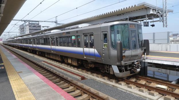 Photos: JR西日本:223系(HE405・HE429)-01