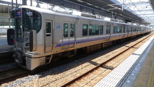 JR西日本:225系(HF432)-01