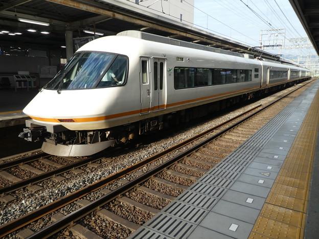 Photos: 近鉄:21000系(21109F)-03