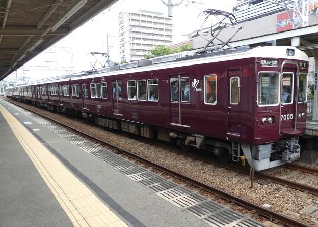 阪急:7000系(7005F・7090F)-01