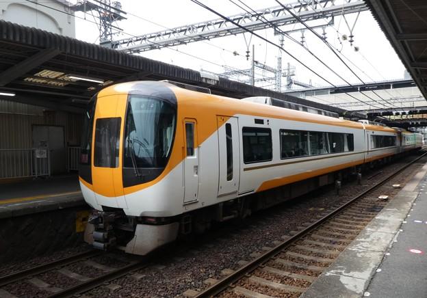 近鉄:22600系(22653F)・22000系(22104F)-01