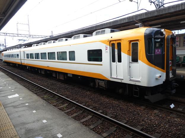 Photos: 近鉄:16000系(16107F)-07