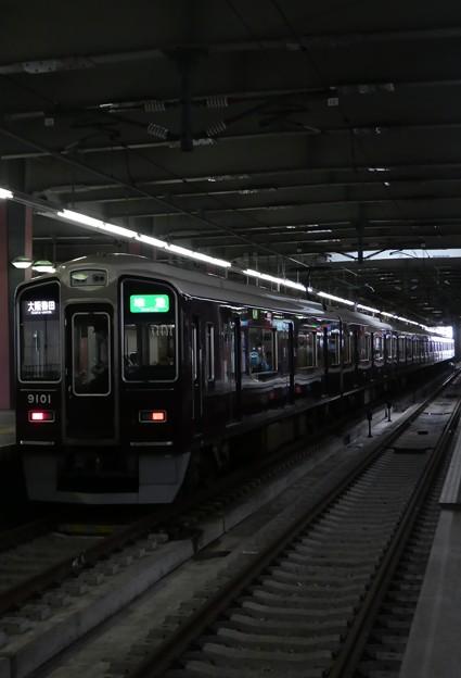 阪急:9000系(9001F)-01