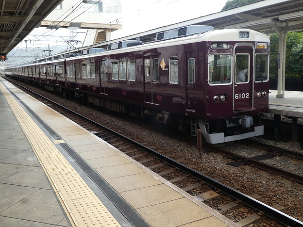 能勢電鉄:6000系-01