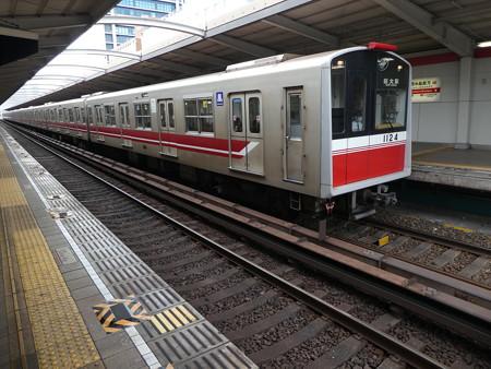 大阪メトロ:10系(1124F)-01