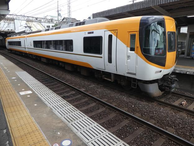 Photos: 近鉄:22000系(22108F)-01