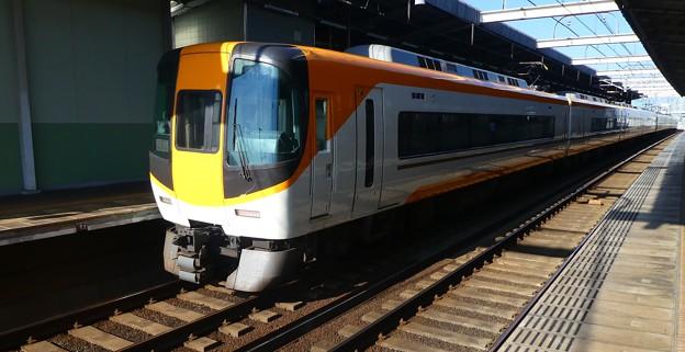 近鉄:22000系(22105F)・12200系(12250F)-01