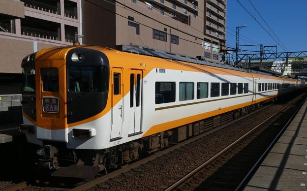近鉄:12410系(12415F)・30000系(30213F)-01