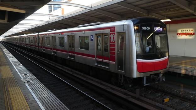大阪メトロ:30000系(31609F)-01