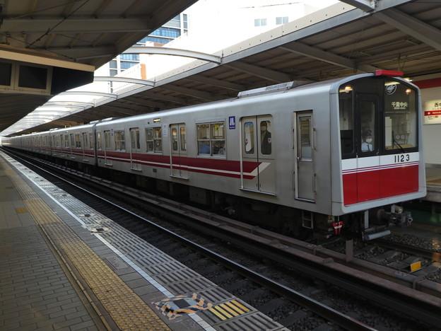 大阪メトロ:10系(1123F)-02