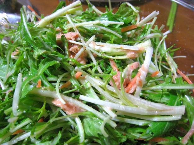 水菜とツナのマヨポン酢七味和え…