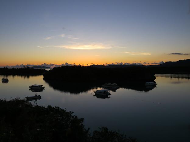 Photos: 川平湾夜明け