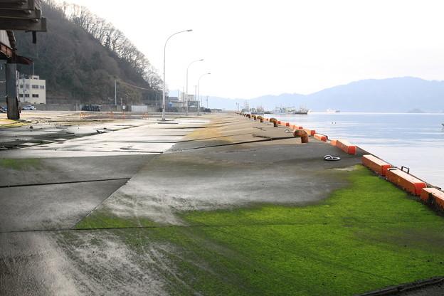 陥没した岸壁@釜石