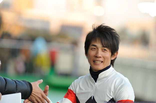 [川崎記念14]最後までサインや握手に応じる幸騎手マジイケメン