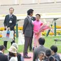 Photos: [140525東京11R優駿牝馬]竹野内さんに祝福されて照れ気味の岩田。ようやく笑顔が出てきた