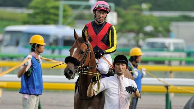 [140525東京11R優駿牝馬]フォーエバーモア「蛯名さんそんなしょっぱい顔しないでくださるかしら」