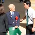 [140622函館11R函館SS]厩務員さんの尻ポケにガルボのメンコが。(ところでこのおじいちゃんどなたでしたっけ…?)