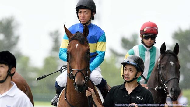 [140727中京5R新馬]ロンバルディア&北村宏「結構降ってるけどまあがんばります」