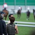 Photos: 一斉にスタートに向かう皆さんを見送る三浦皇成【140906札幌5R2歳新馬】