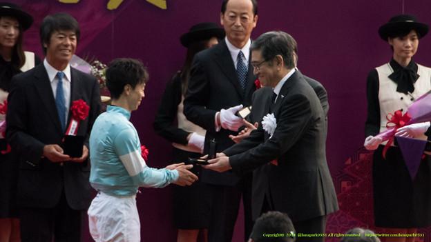 兵ちゃん「おめでとうございます」北村J「うわあ東教授だ~!」藤沢先生「総回診だね」【141102東京11R天皇賞(秋)】
